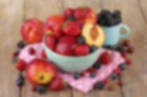peaches and berries.5b7efa908a47d2.43776