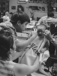 Haircut on Market