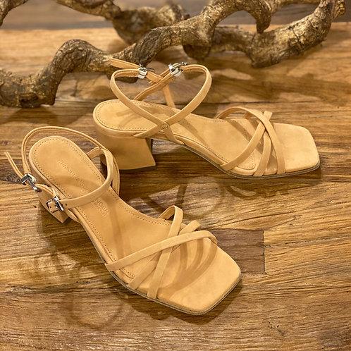 Sandaletten mit Blockabsatz