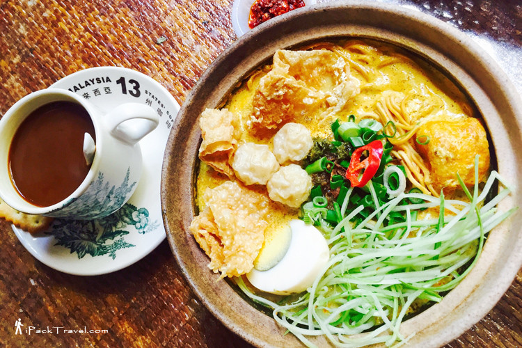 Claypot laksa at Calanthe Art Cafe