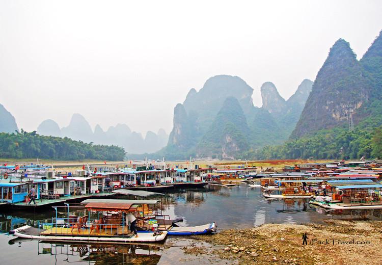 Pier at Xingping