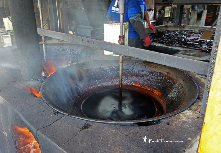 Mixing with sugar in vats