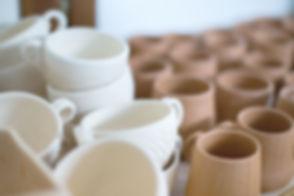 Ton Tassen und Tassen