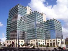 בית אמות ביטוח, תל אביב