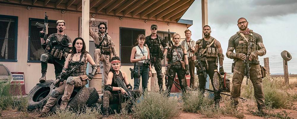 na imagem tem alguns atores que estarão na série Army of the Dead de Zack Snyder, série que passará antes do anime que o mesmo direto irá fazer