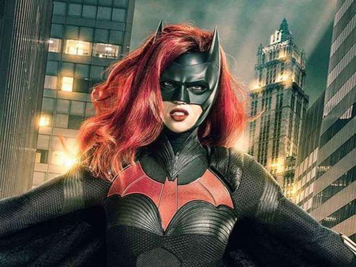 Batwoman | Ruby Rose diz que decisão de deixar série estava de acordo com Warner Bros