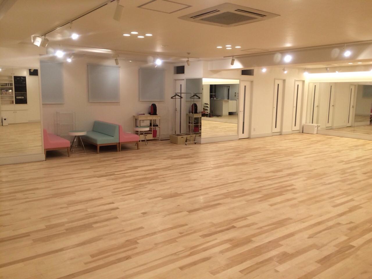 カワハラダンススタジオ141122.JPG