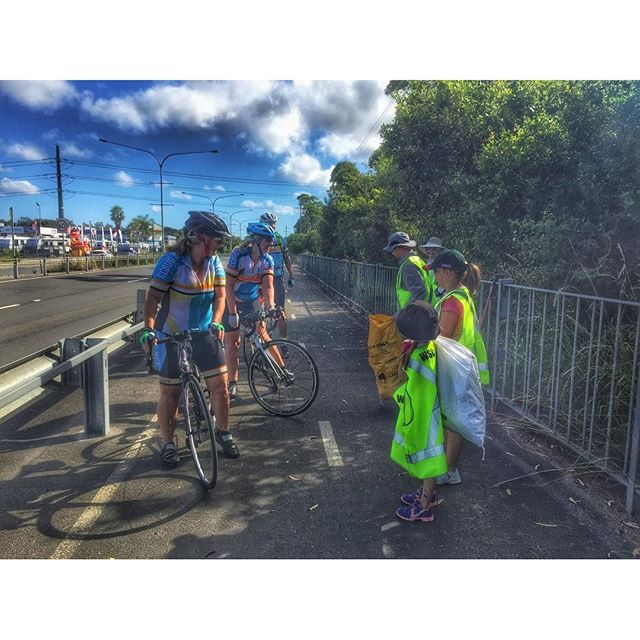 #ccbug members & other coasties hit the shared path along Tuggerah straight for Clean Up Australia D