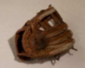 glove002.jpg