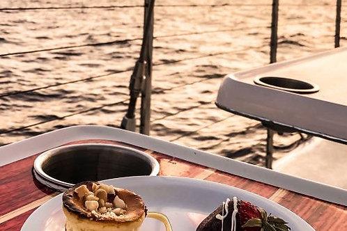 Deluxe Kaanapali Sunset Sail