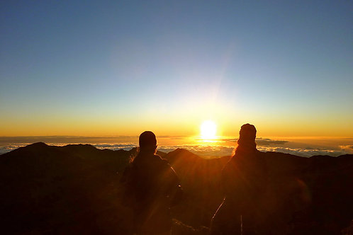 Guided Haleakala Crater Sunrise Downhill Bike Tour