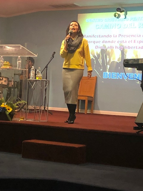 Paola Marino Ministrando en Camino del Rey de Chesapeake