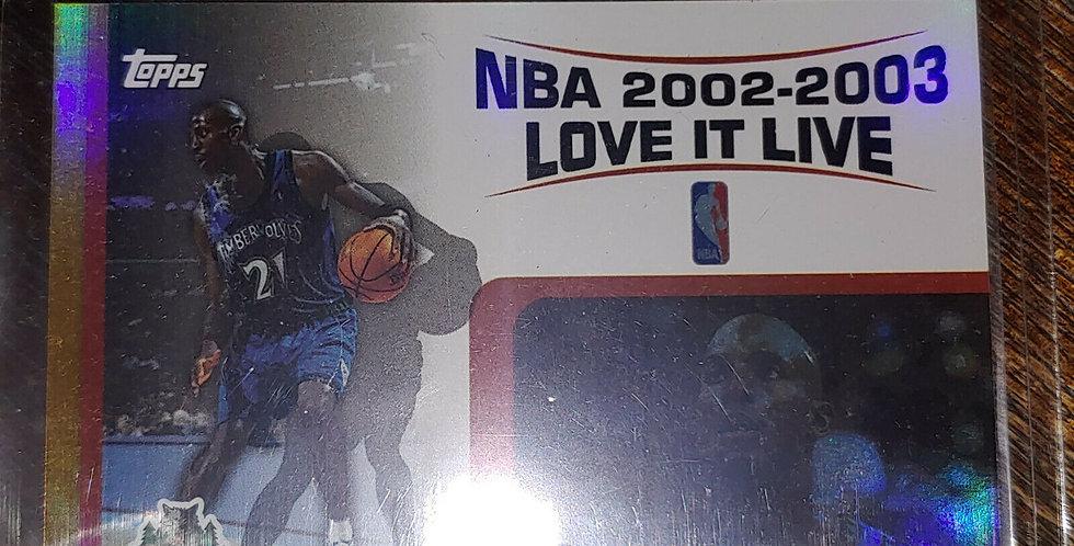 """2003-04 Topps Kevin Garnett NBA """"Love It Live"""" Insert #LL-KG"""