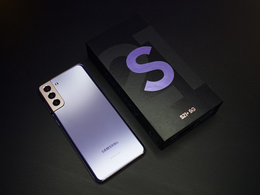 Samsung Galaxy S21 vs iPhone 12! Sorry, Apple.