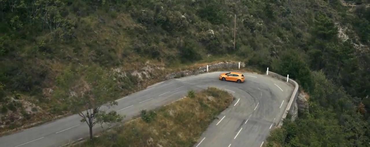 New Renault MEGANE R.S. TV CM(30s)