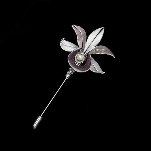 Dendrobium Boutonniere - Silver