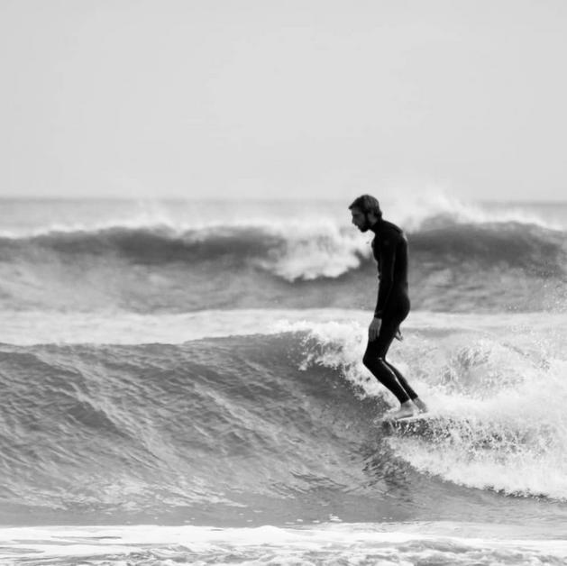 BARFRAKE - Trenton Tarpits, surfer, personality