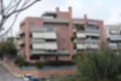Πολυκατοικια στο Μαρουσι