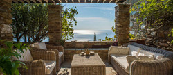 Home in Andros with a sea view