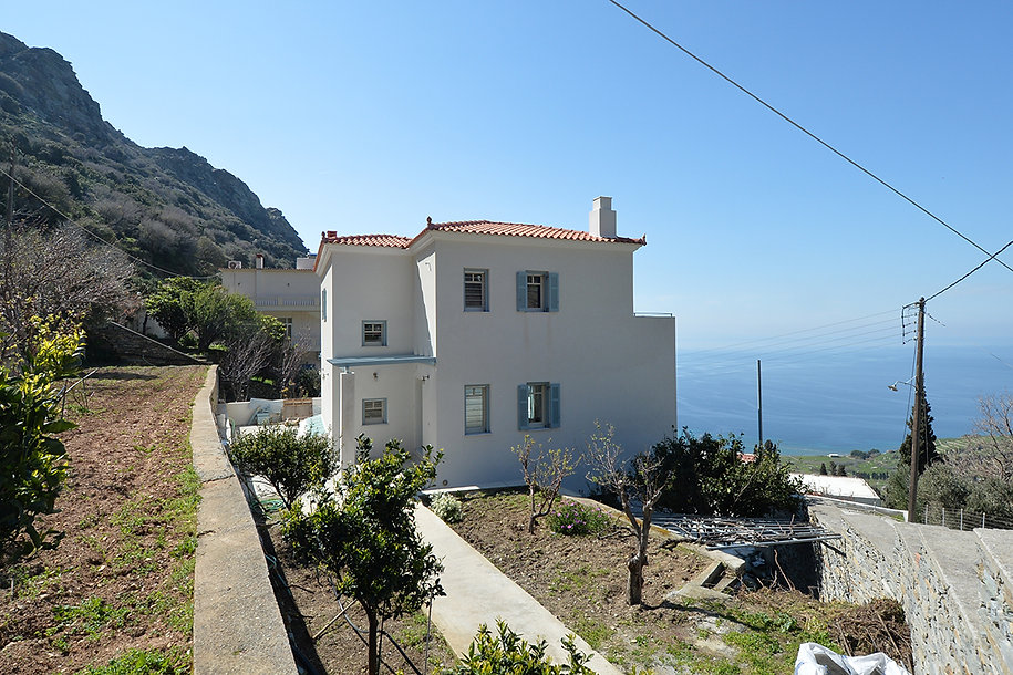 Summer residence in Andros island