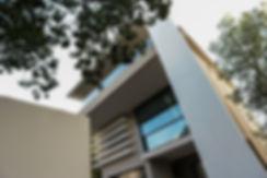 Αναμορφωση ιδιωτικης κατοικιας με αλλαγη οψεων και εξωτερικη θερμοπροσοψη