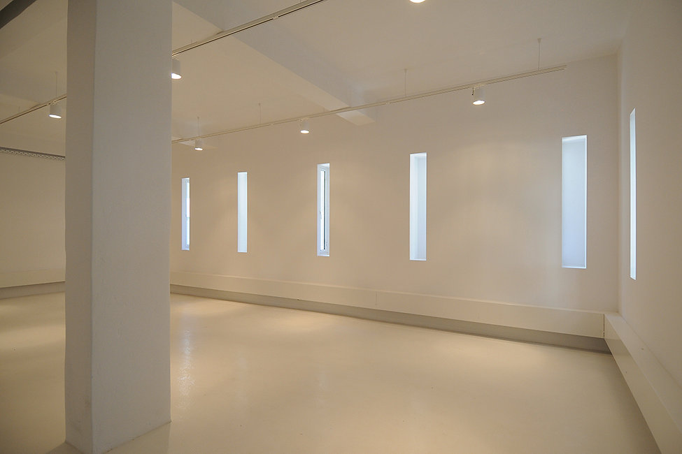 Conversion of office into an art gallery space