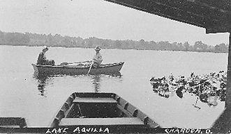 boatcouple.jpg