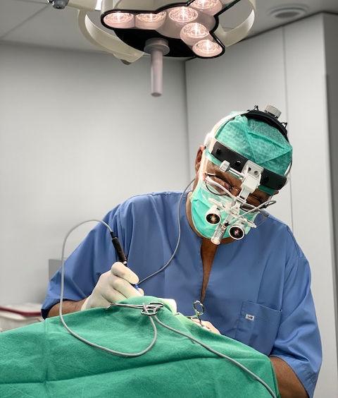 Chirurgie par le Dr Roche-Naude