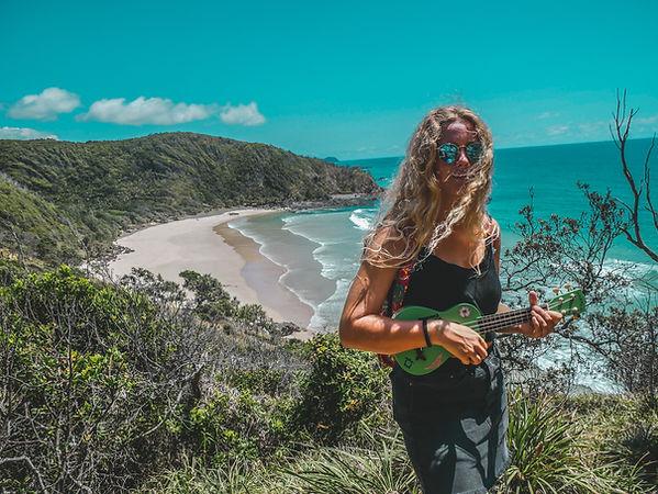 ukulele_beach4.jpg