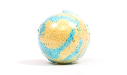 Baja Baby Bath Bomb - Watch the beautiful color fizz and dissolve into a sea of blues and greens as you inhale the scents of the beach.