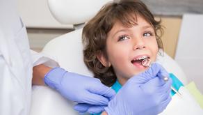 擔心門牙長歪?別急著拔乳牙!先聽專科醫師怎麼說