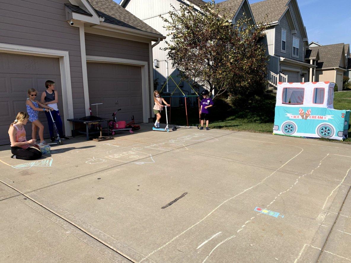 Chalk additions. Rides begin!