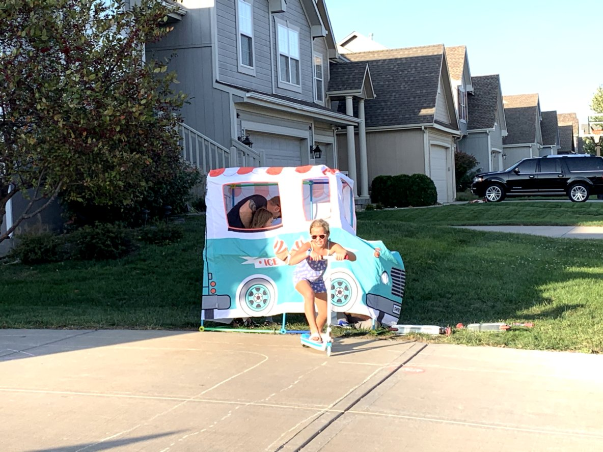 Electric pop ice cream stop!