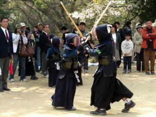平成19年度お花見の様子(松山城)