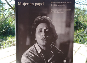 Mujer en papel