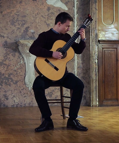 Manuel Diewald music theory, classical guitar, acoustic guitar, and electric guitar teacher