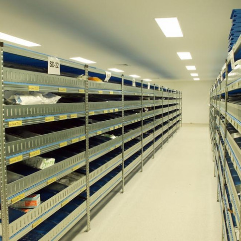 6. SUPER 123 SHELVING WITH PERFORATATED PLASTIC SHELVES FOR CLEANROOM ENVIRONMENT.jpg