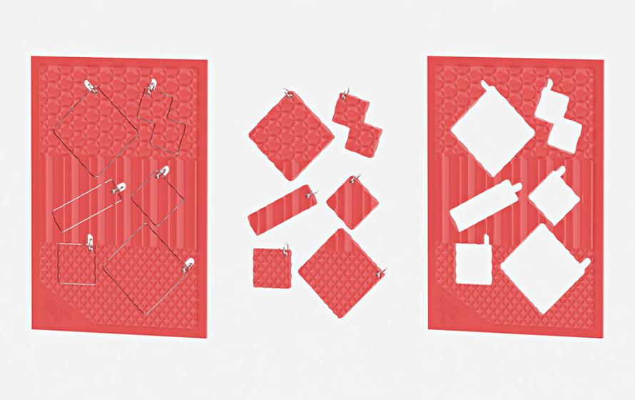 PLAMO-B-red□S1.jpg