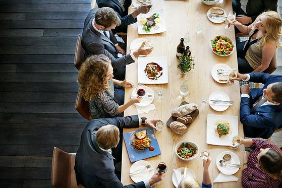cena aziendale, eventi aziendali, meeting , conferenze, organizzazione eventi aziendali, servizi per aziende