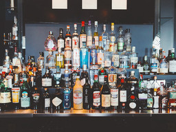 Sushi Hana restaurant seeks liquor license