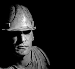 Unions struggle to survive