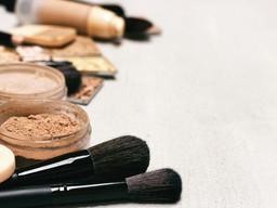 Cosmetics contamination: Little FDA oversight