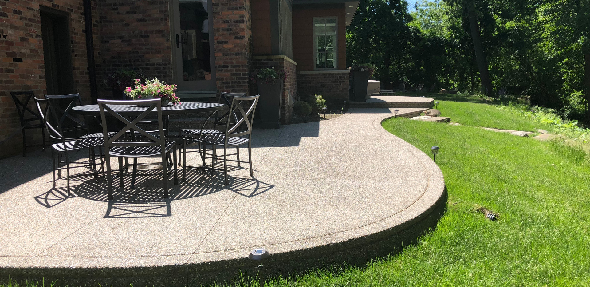 IMG_2605 Exposed aggregate patio photo b