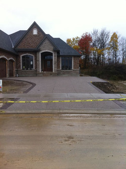Exposed Aggregate Driveway with accent b