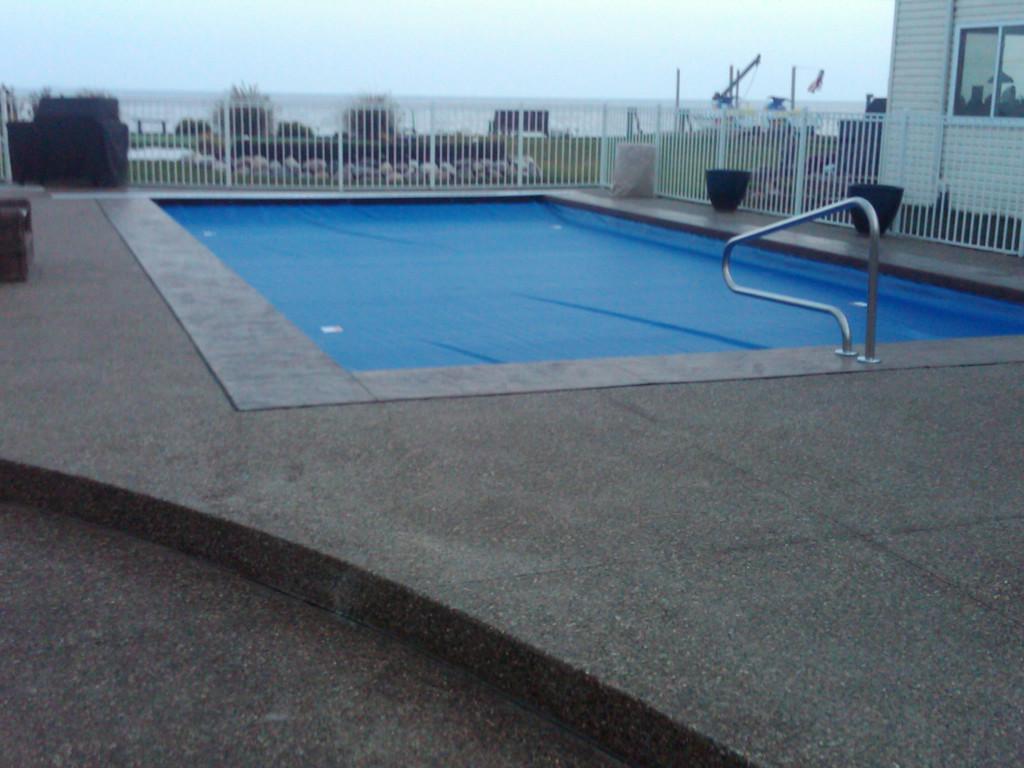 Pool Concrete By Potoroka Concrete