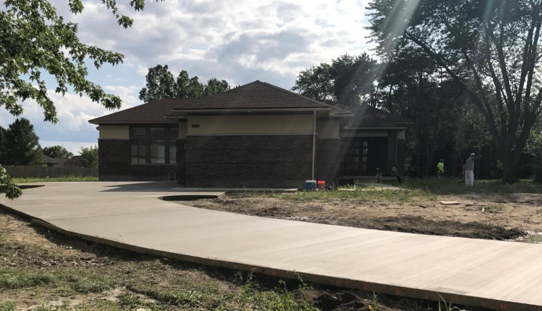 concrete driveway photo