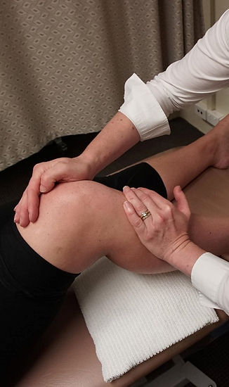 General physiotherapy for knee pain