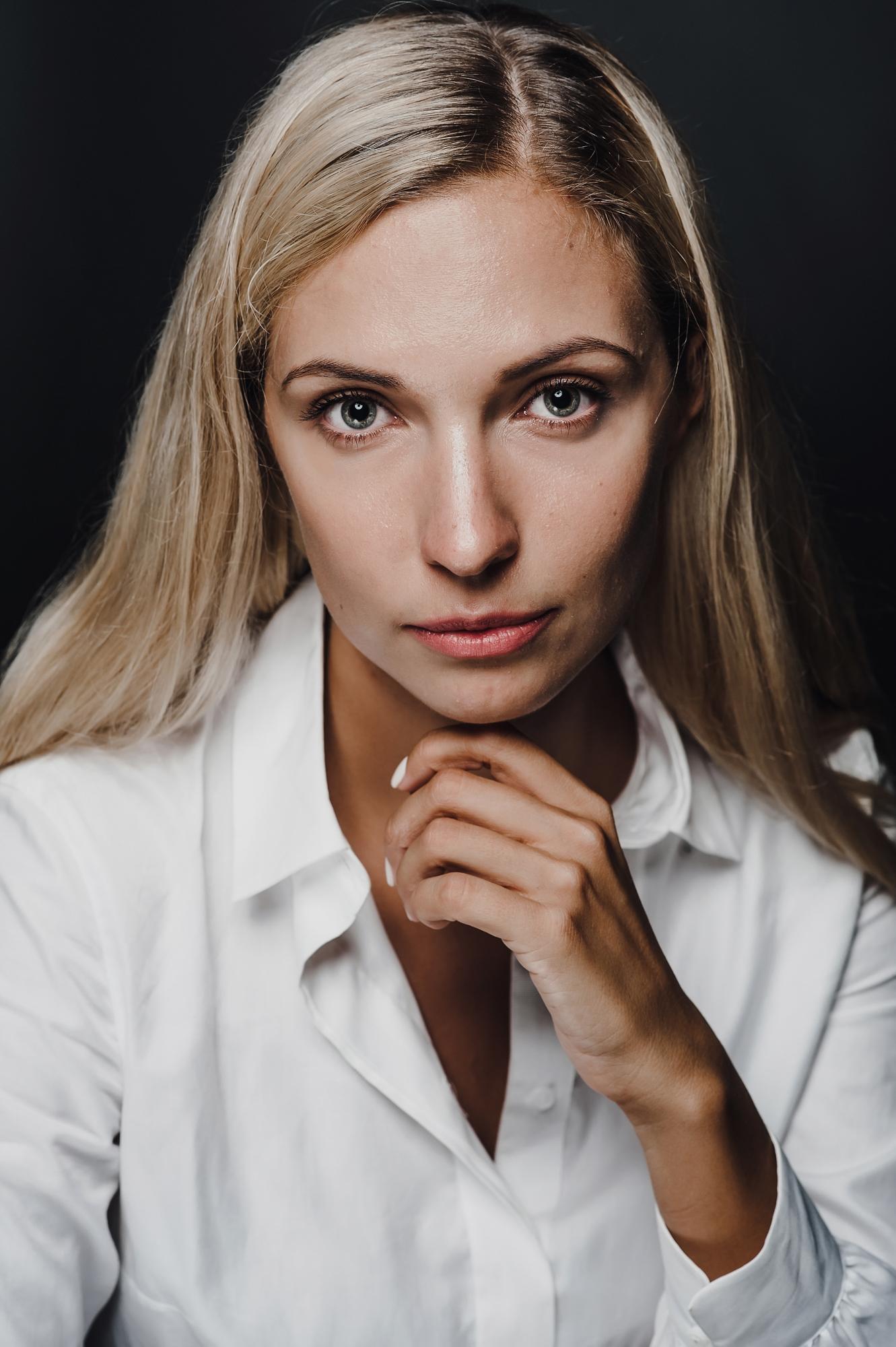 007 деловой портрет