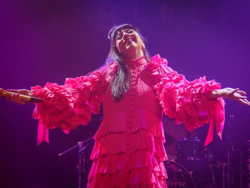 MON LAFERTE + FLOR DE TOLOACHE Chicago show gallery + more tour dates!