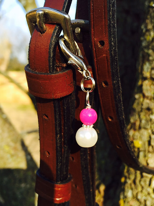 Tres Chic Pearl Bridle Charm